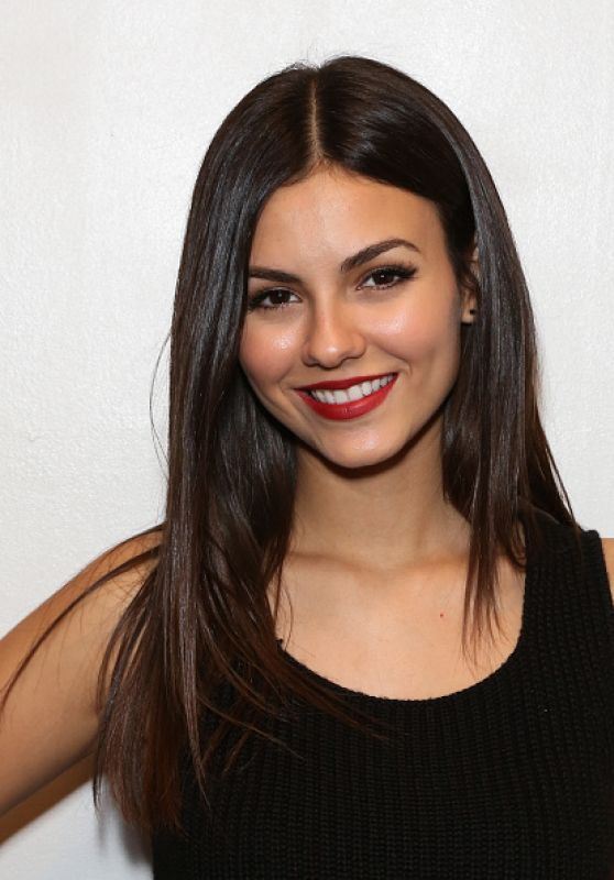 JULIA Special Screening And Q&A in Burbank - Victoria Justice