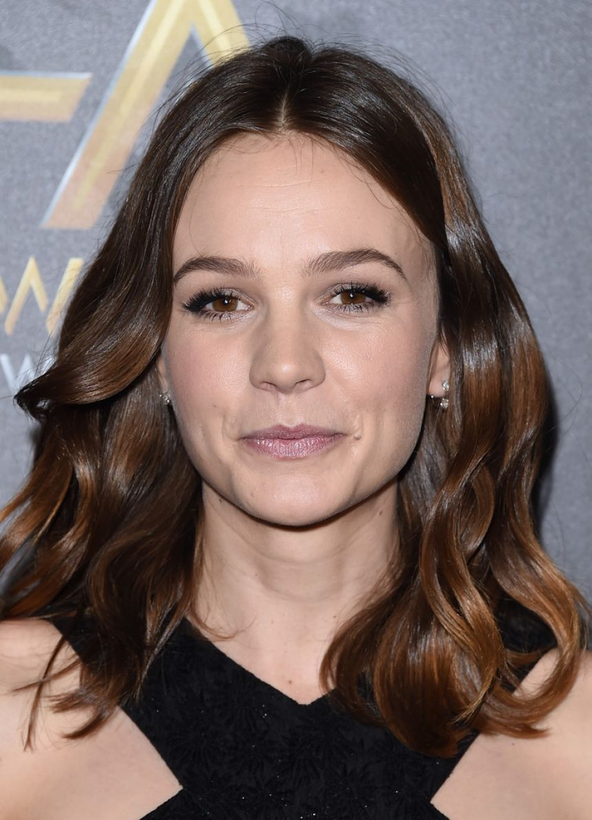 19th Annual Hollywood Film Awards in Beverly Hills Red ... Carey Mulligan