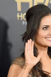 19th Annual Hollywood Film Awards in Beverly Hills Red Carpet - Danica McKellar