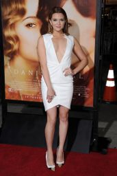 Katie Stevens – THE DANISH GIRL Premiere in Westwood