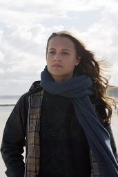SUBMERGENCE Movie Photos - Alicia Vikander